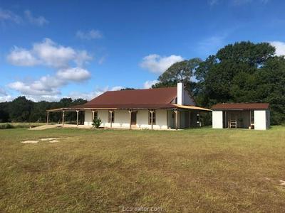 11315 LONE WOLF RD, Bremond, TX 76629 - Photo 2