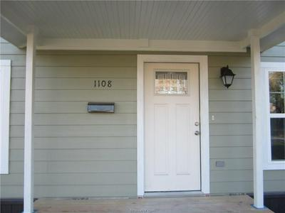 1108 CYPRESS ST, HEARNE, TX 77859 - Photo 2