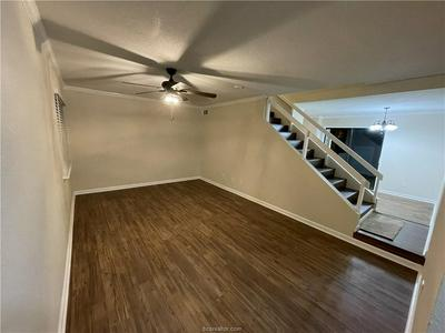 4505 CARTER CREEK PKWY APT 6, Bryan, TX 77802 - Photo 2