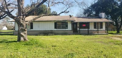 115 N AUSTIN ST, Bremond, TX 76629 - Photo 1