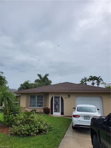 705 105TH AVE N, NAPLES, FL 34108 - Photo 2