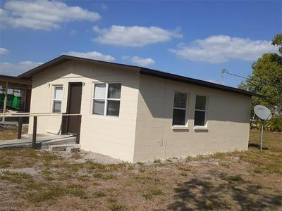 426 JONES ST, IMMOKALEE, FL 34142 - Photo 2