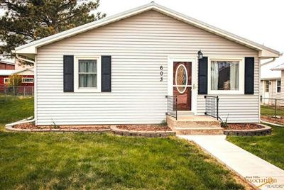 603 NORRIS ST, Wall, SD 57790 - Photo 1