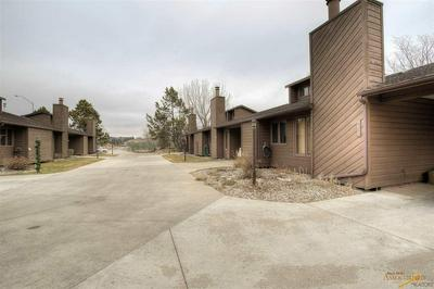 4822 STONEY BROOK CT, Rapid City, SD 57702 - Photo 2
