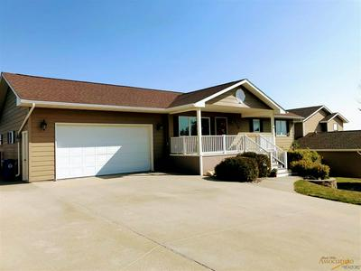 636 FOX RUN DR, Rapid City, SD 57701 - Photo 2