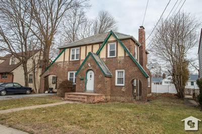 40 MEADOWBROOK RD, HEMPSTEAD, NY 11550 - Photo 2