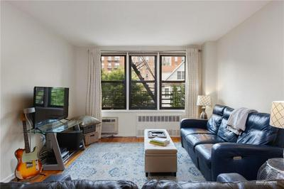 515 E 7TH ST APT 2M, Brooklyn, NY 11218 - Photo 2