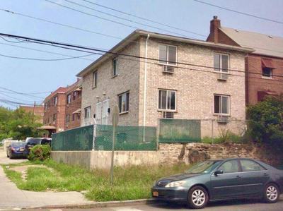 3530 BRONXWOOD AVE, Bronx, NY 10469 - Photo 2