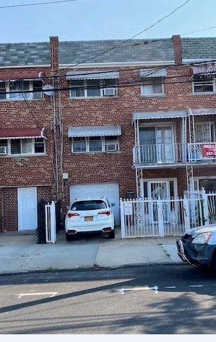 710 SOUNDVIEW AVE, Bronx, NY 10473 - Photo 1
