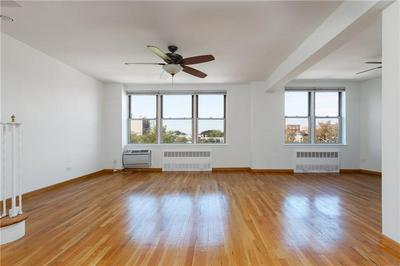 207 OCEAN PKWY APT 4H, Brooklyn, NY 11218 - Photo 2