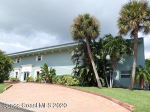 220 COLUMBIA DR APT 19, Cape Canaveral, FL 32920 - Photo 1