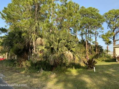 651 JAFFEE AVE SE, Palm Bay, FL 32909 - Photo 1