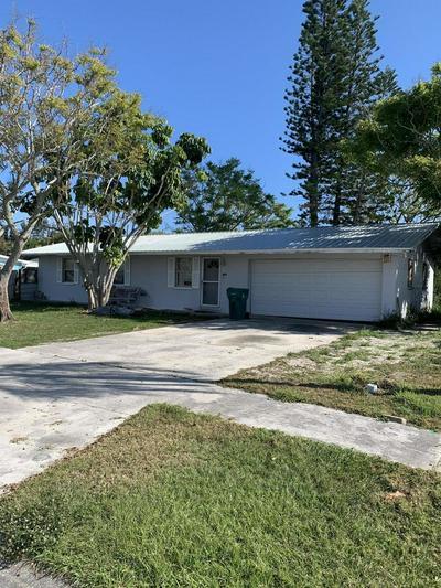 1425 PHYLLIS DR, MERRITT ISLAND, FL 32952 - Photo 1