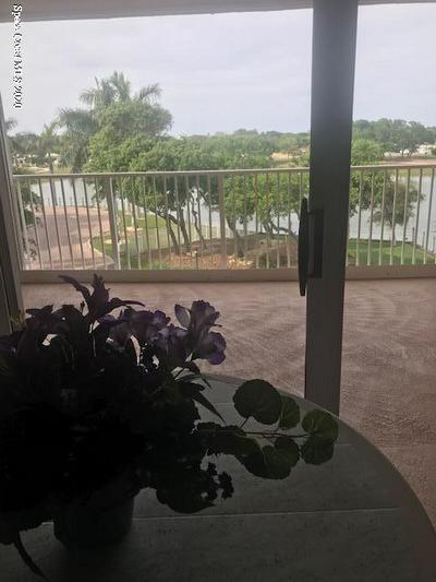 602 SHOREWOOD DR UNIT 304, CAPE CANAVERAL, FL 32920 - Photo 2