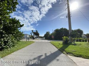 1000 S MIRAMAR AVE APT C, Indialantic, FL 32903 - Photo 2