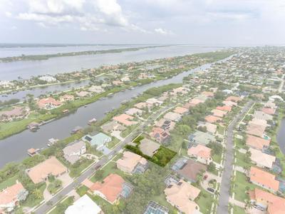 133 ISLAND VIEW DR, Indian Harbour Beach, FL 32937 - Photo 2