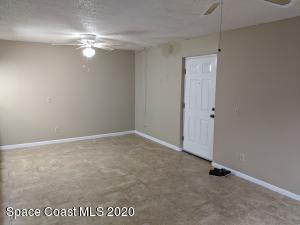 1600 SUNNY BROOK LN NE APT 111, Palm Bay, FL 32905 - Photo 2
