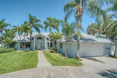 2013 OAK ST, Melbourne Beach, FL 32951 - Photo 1