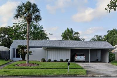 882 LEVITT PKWY, ROCKLEDGE, FL 32955 - Photo 1