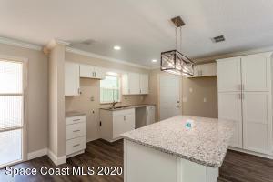 951 BROOKVIEW LN, Rockledge, FL 32955 - Photo 2