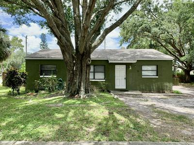 1004 WESTVIEW DR, Cocoa, FL 32922 - Photo 1