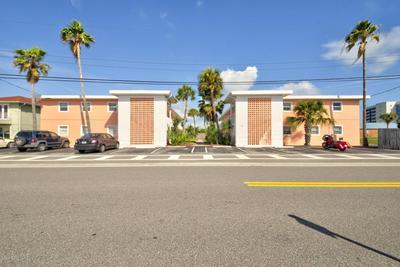 130 ROOSEVELT AVE APT 205, Satellite Beach, FL 32937 - Photo 1