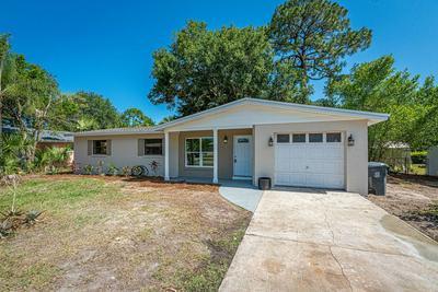 565 BIRCHWOOD LN, Titusville, FL 32780 - Photo 2
