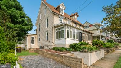 149 W ASHLAND ST, DOYLESTOWN, PA 18901 - Photo 1