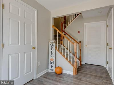 207 PENNSGROVE CT, MEDIA, PA 19063 - Photo 2