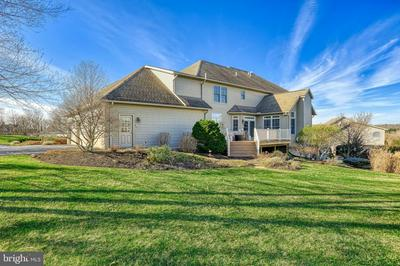 104 TURTLE HOLLOW DR, LEWISBERRY, PA 17339 - Photo 2