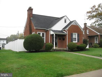 624 DELAWARE AVE, LANSDALE, PA 19446 - Photo 1