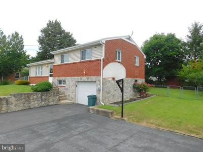 1441 RIEGLE RD, HARRISBURG, PA 17112 - Photo 2