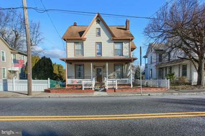 129 S HANOVER ST, HUMMELSTOWN, PA 17036 - Photo 1