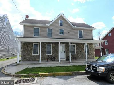 121 RACE ST, BAINBRIDGE, PA 17502 - Photo 1