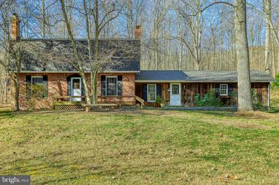 950 DONMAR DR, DAUPHIN, PA 17018 - Photo 1