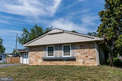12104 ROUND TREE LN, BOWIE, MD 20715 - Photo 2
