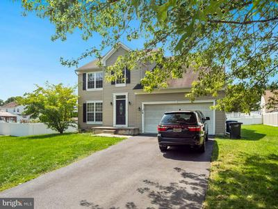 14 SILVER LN, BURLINGTON, NJ 08016 - Photo 2