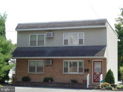 101 BROAD ST, Newville, PA 17241 - Photo 1