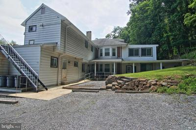 1350 FRIEDENSBURG RD, READING, PA 19606 - Photo 1