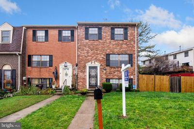 2 KEEN VALLEY DR, BALTIMORE, MD 21228 - Photo 2