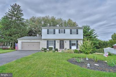 843 LAWRENCE DR, EMMAUS, PA 18049 - Photo 1