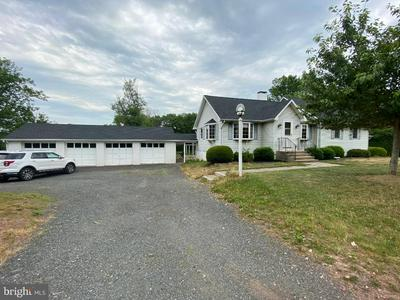 83 TITUS MILL RD, PENNINGTON, NJ 08534 - Photo 1