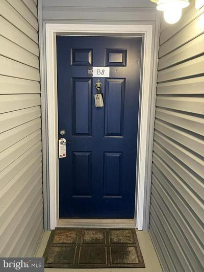 3178 SUMMIT SQUARE DR # 3-B8, OAKTON, VA 22124 - Photo 2