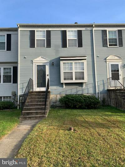 1919 NEWHAVEN DR, BALTIMORE, MD 21221 - Photo 1