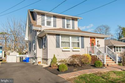 221 E MONTGOMERY AVE, HATBORO, PA 19040 - Photo 2