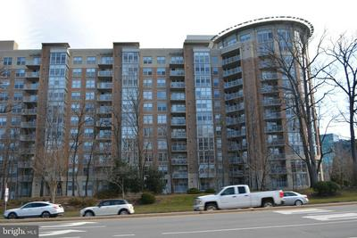 11800 SUNSET HILLS RD UNIT 827, RESTON, VA 20190 - Photo 1