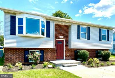 1007 CROWN ST, MOUNT AIRY, MD 21771 - Photo 1