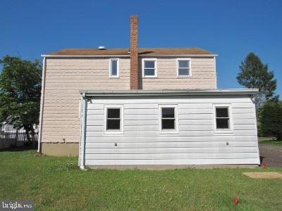 1140 HOWARD AVE, BELLMAWR, NJ 08031 - Photo 2