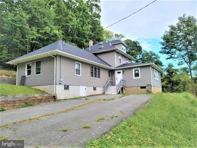 8 MOUNT HOPE RD, ROCKAWAY, NJ 07866 - Photo 1