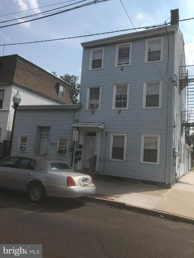 400 MARKET ST, GLOUCESTER CITY, NJ 08030 - Photo 1